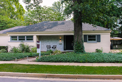 Glen Ellyn Single Family Home For Sale: 696 Crescent Boulevard