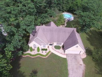 Wilmington IL Single Family Home For Sale: $287,000