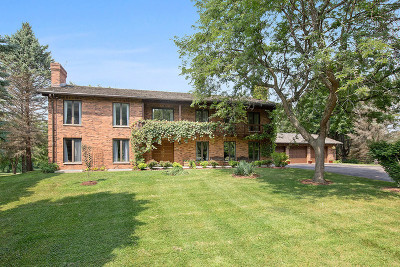 Barrington Single Family Home For Sale: 10 Country Oaks Lane