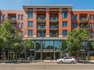 Condo/Townhouse New: 3232 North Halsted Street #D810