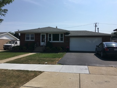 Chicago Ridge  Single Family Home For Sale: 10601 Forest Lane