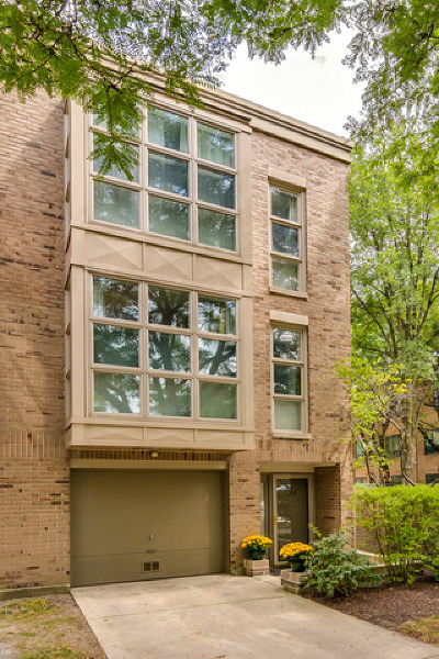 Condo/Townhouse New: 2301 North Wayne Avenue