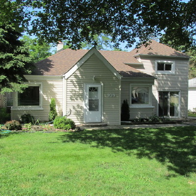 Willow Springs IL Single Family Home New: $174,900