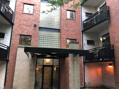 Condo/Townhouse New: 2317 West Wolfram Street #314