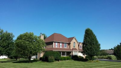 Batavia Single Family Home For Sale: 2s898 Volintine Farm Road