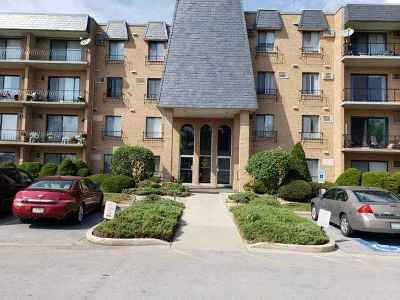 Glenwood  Condo/Townhouse For Sale: 931 West Arquilla Drive #124