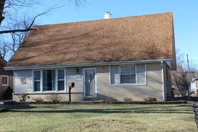 Crestwood  Single Family Home For Sale: 13130 Village Lane