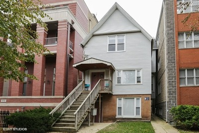 Multi Family Home For Sale: 3721 North Kenmore Avenue