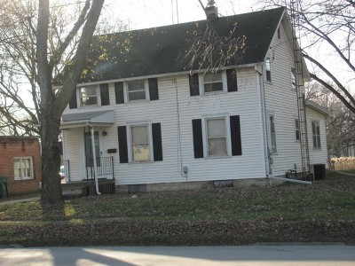 Wilmington IL Single Family Home For Sale: $127,000