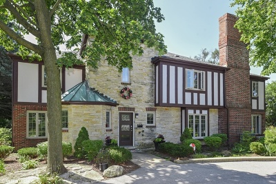 Burr Ridge Single Family Home For Sale: 1000 Laurie Lane