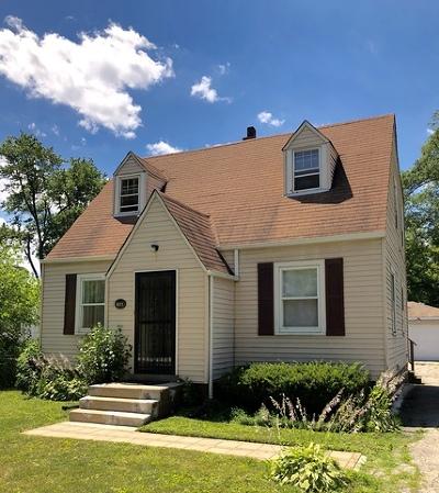 Elmhurst Single Family Home For Sale: 196 North Glade Avenue