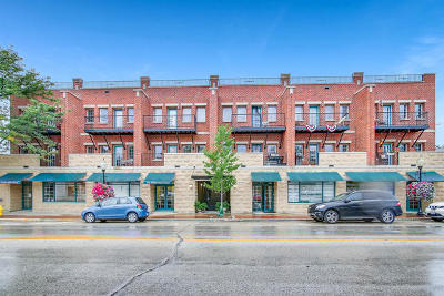 Westmont Condo/Townhouse For Sale: 210 North Cass Avenue #6