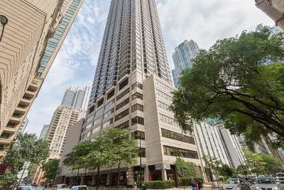 Chicago Condo/Townhouse Re-Activated: 30 East Huron Street #4506