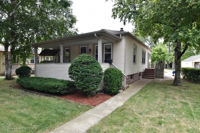 West Chicago Single Family Home For Sale: 318 Vine Street