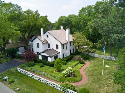 Lake Forest Single Family Home For Sale: 1036 Estate Lane