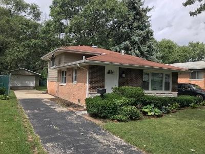 Dolton  Single Family Home For Sale: 14822 Ellis Avenue
