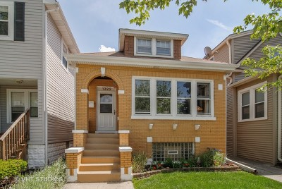 Forest Park Single Family Home For Sale: 1322 Elgin Avenue