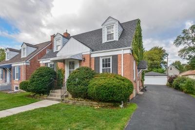 Brookfield Single Family Home For Sale: 3236 Arthur Avenue