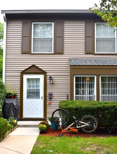 Wheaton Condo/Townhouse For Sale: 1662 Williamsburg Court #B