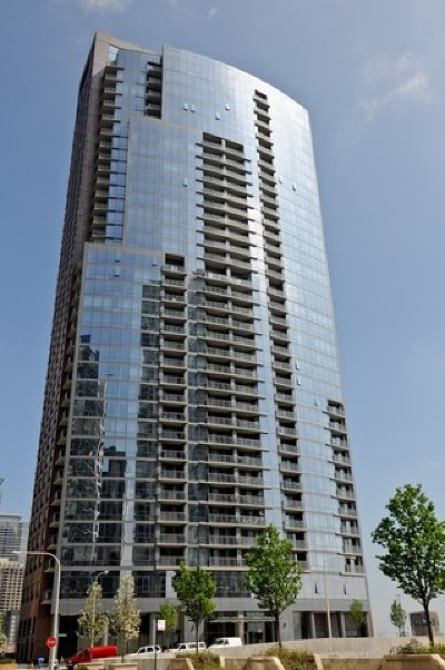 Condo/Townhouse For Sale: 450 East Waterside Drive #3202