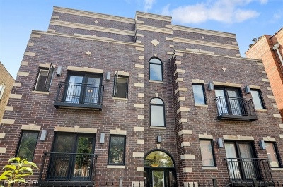 Condo/Townhouse For Sale: 2455 West Foster Avenue #3