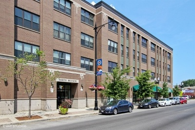 Condo/Townhouse For Sale: 2510 West Irving Park Road #407