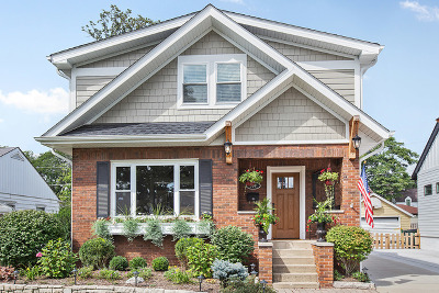 Arlington Heights Single Family Home For Sale: 930 North Highland Avenue