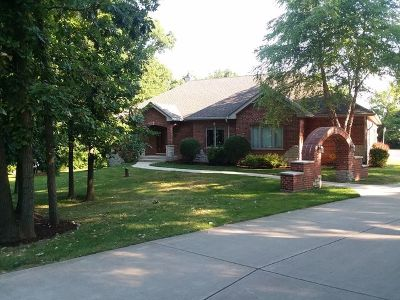 Hampshire Single Family Home For Sale: 46w160 Felsmith Road
