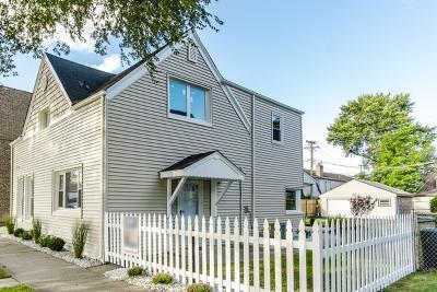 Brookfield Single Family Home For Sale: 4042 Grove Avenue
