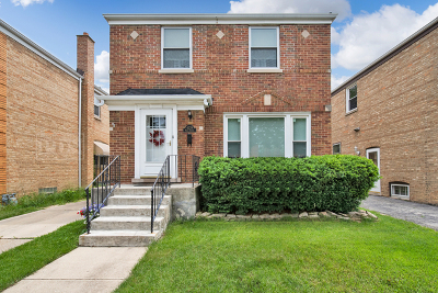 Brookfield Single Family Home For Sale: 4239 Maple Avenue