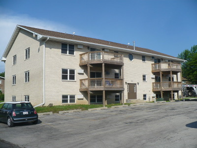 Joliet, Shorewood Rental For Rent: 120 Twin Oaks Drive South West #1-12