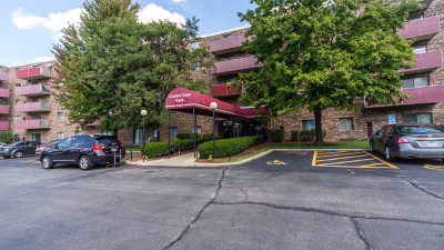 Schaumburg Condo/Townhouse Re-Activated: 1463 Mercury Drive #127