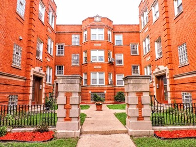 Condo/Townhouse For Sale: 2300 West Granville Avenue #3N