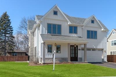 Wilmette Single Family Home For Sale: 437 Wilmette Circle