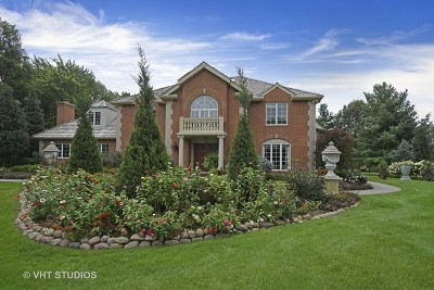 Barrington Single Family Home For Sale: 14 Longmeadow Drive