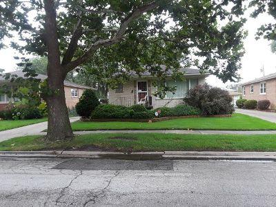 Dolton  Single Family Home For Sale: 15720 University Avenue
