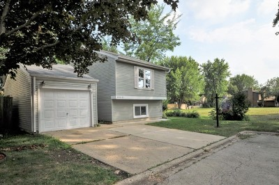 Warrenville Single Family Home Contingent: 30w151 Maplewood Court