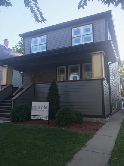 Oak Park Single Family Home For Sale: 1027 Clarence Avenue