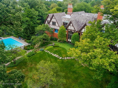 Oak Brook Single Family Home For Sale: 40 Breakenridge Farm