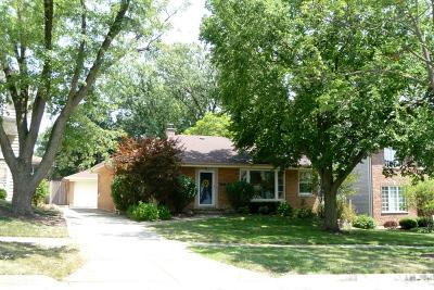 Elmhurst Single Family Home For Sale: 893 South Poplar Avenue