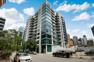 Condo/Townhouse For Sale: 125 South Green Street #1110A