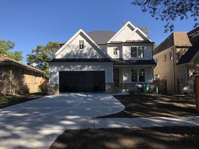 Elmhurst Single Family Home For Sale: 933 South Kirk Avenue