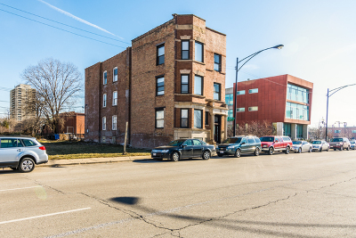 Chicago Multi Family Home Contingent: 3733 South Indiana Avenue