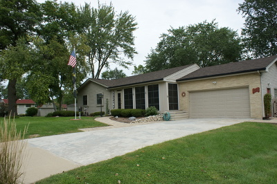 Woodstock Single Family Home For Sale: 512 Birch Road