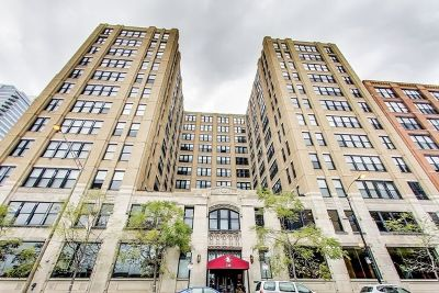 Chicago Condo/Townhouse For Sale: 728 West Jackson Boulevard #701