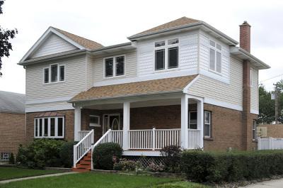 North Riverside Single Family Home For Sale: 2525 Burr Oak Avenue
