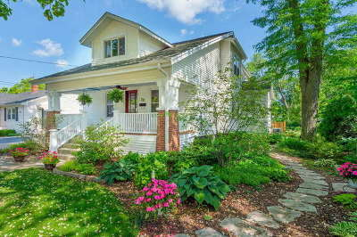 Lombard Single Family Home For Sale: 22 West Harding Road