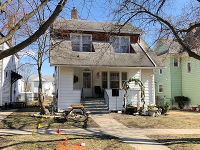 Kankakee Single Family Home For Sale: 250 South Greenwood Avenue