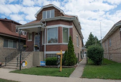 Berwyn Multi Family Home For Sale: 1221 South Ridgeland Avenue