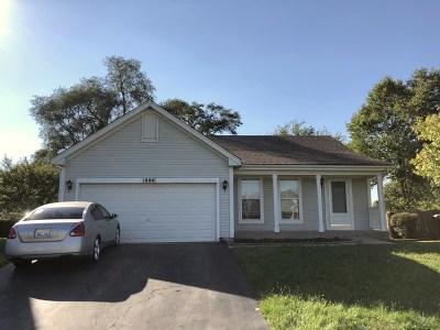 Carpentersville Single Family Home For Sale: 1886 Cambridge Drive